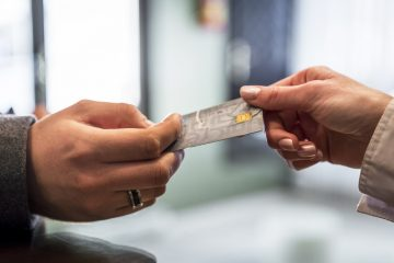 Credit card debt grows in UK