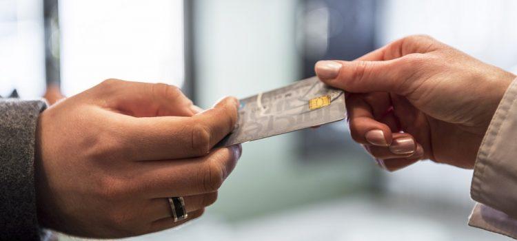 Credit card debt grows in UK